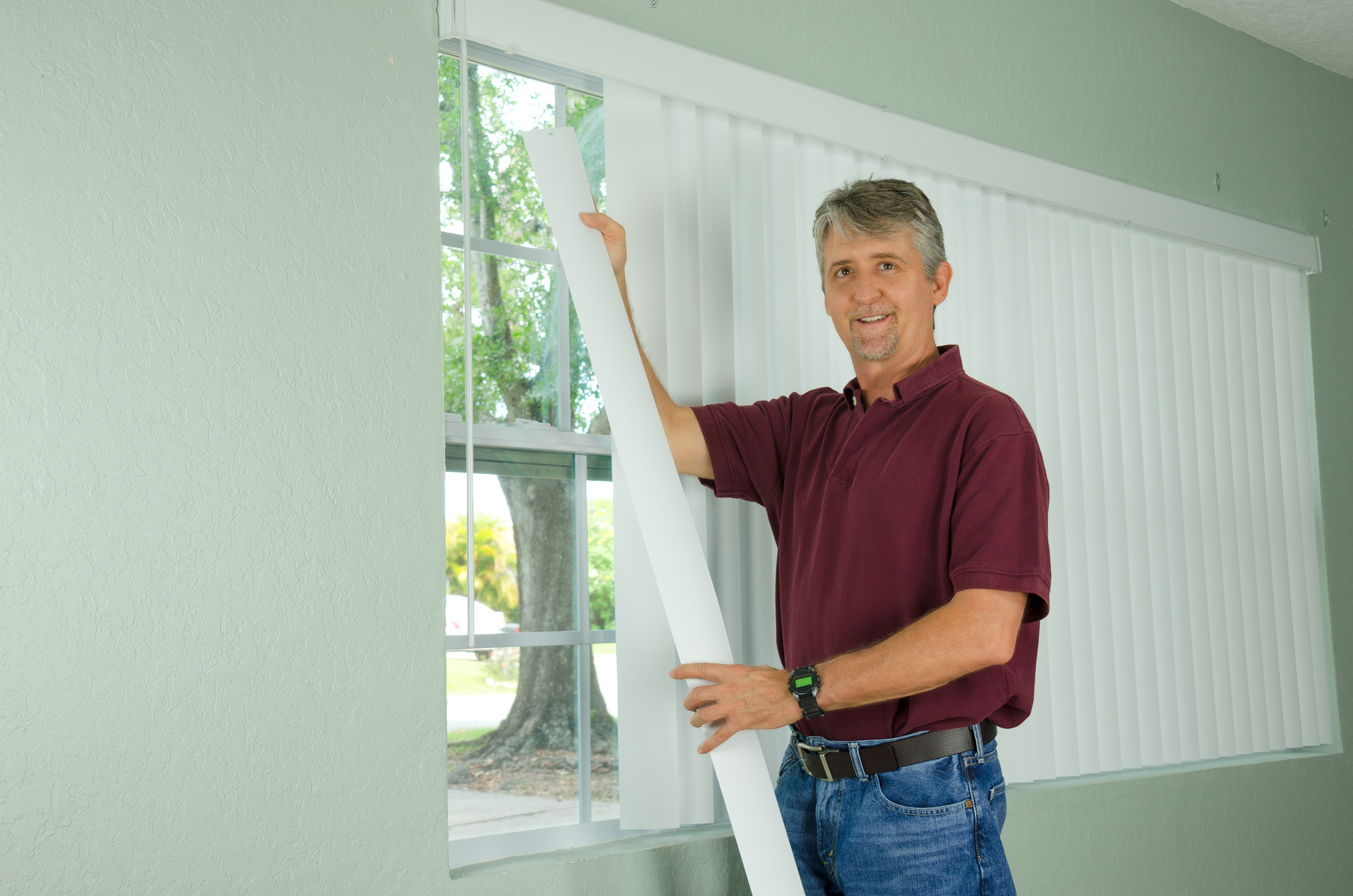 Fitting Window Blinds